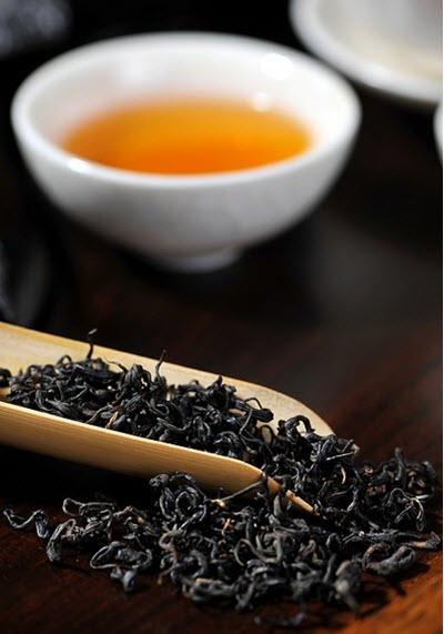 svart te lösvikt